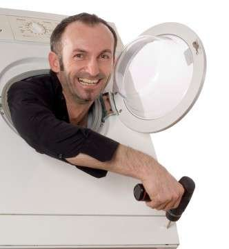 washing%20machine%20repair%20man%20-%20reduced.jpg